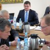 Dyskusja o nagrodach i wizyta starosty – relacja z XXV Sesji Rady Miejskiej w Tłuszczu – zobacz VIDEO + opis wydarzeń