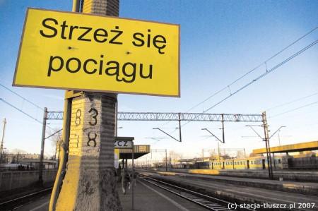st_strzez_sie_pociagu
