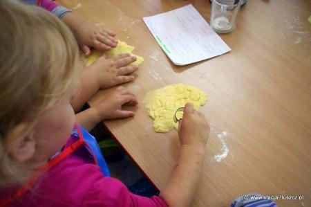 Kuchcikowo – to zajęcia podczas których dzieci mogą stać się kucharzami i przygotować własne potrawy