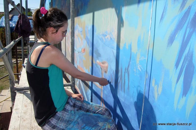 Autorką projektu muralu jest absolwentka Akademii Sztuk Pięknych w Gdańsku Aleksandra Lech
